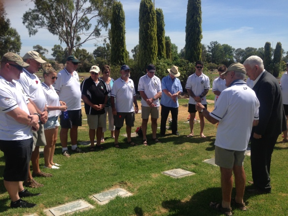 QLD group at grave of Gordon Sharp